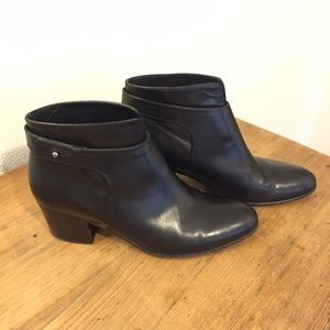 VINCE Black Leather Block Heel Ankle Boots